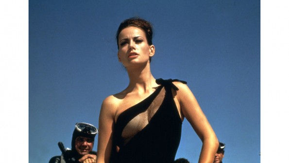54bbd96d8f213_-_hbz-bond-girls-1965-claudine-auger