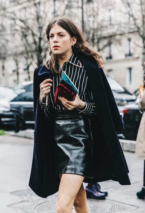 PFW-Paris_Fashion_Week_Fall_2016-Street_Style-Collage_Vintage-Miu_Miu-STRIPED_SHIRT-Velvet_boots-1
